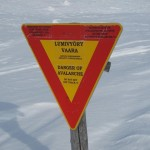Avalanche warning in the ravine.